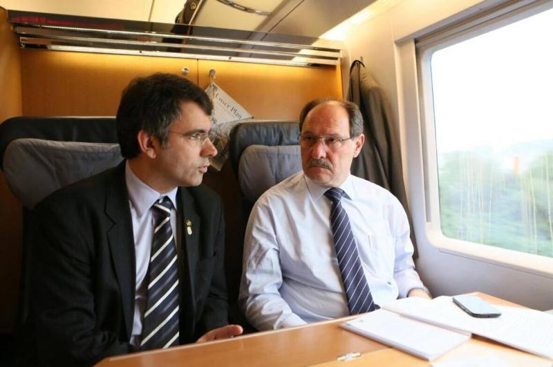 Governador teve de antecipar em dia viagem para se reunir com a Lactalis em Paris