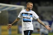 Grêmio acerta salário com Luan, mas renovação ainda tem empecilhos