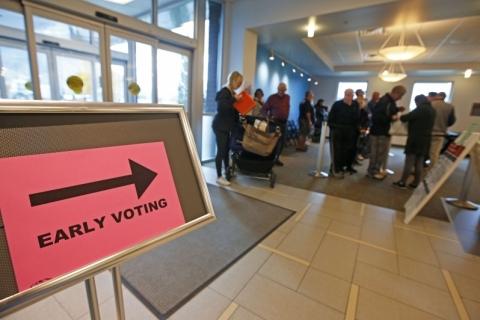 Eleições EUA: 70 milhões já votaram, mais da metade do total registrado em 2016