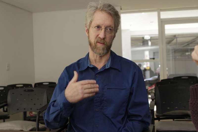 Trabalhar os sistemas fisiológicos pode mudar comportamentos, afirma Russell Ira Jones