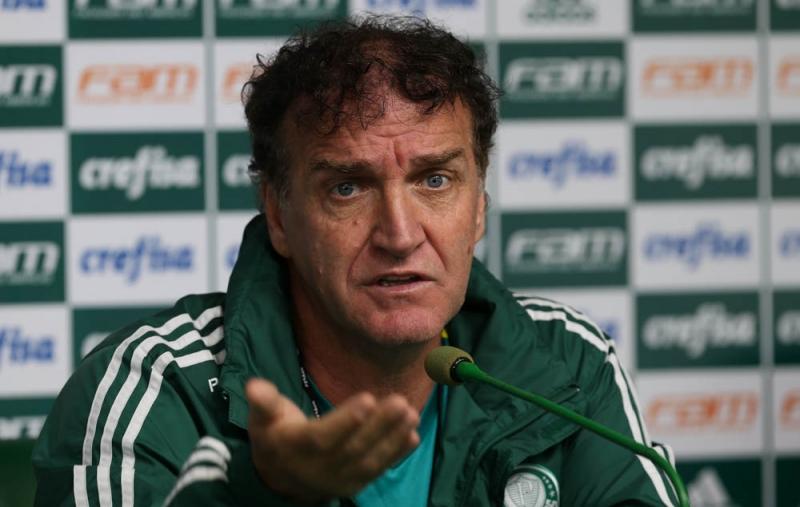 O técnico do Palmeiras negou que terá facilidade na disputa com o Inter