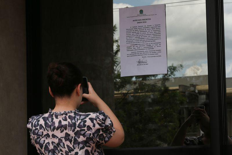 Prova foi adiada em diversos estabelecimentos, entre eles alguns prédios da UNB, em Brasília