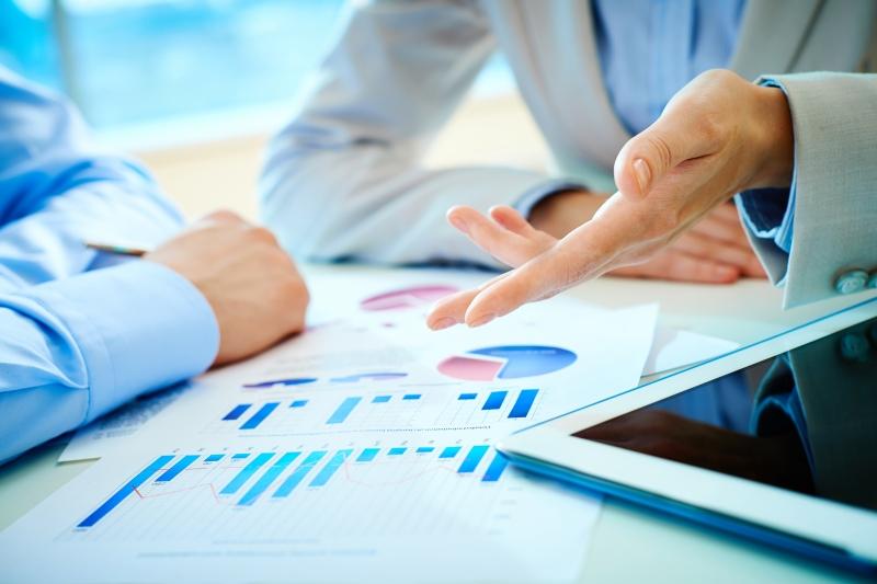 Empresas foram as mais atingidas pela recessão, de acordo com o BC