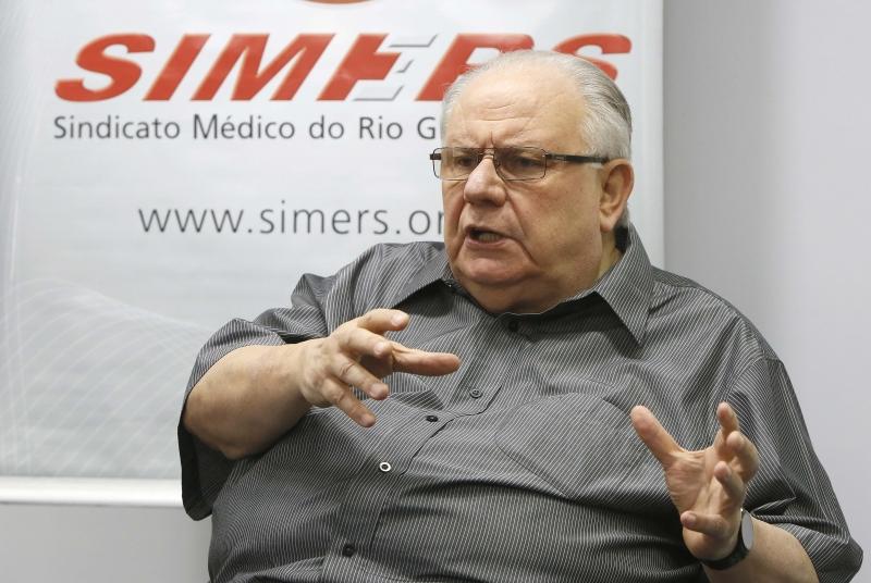 Presidente do Simers diz que a paralisação ocorrerá por intransigência dos hospitais em Porto Alegre