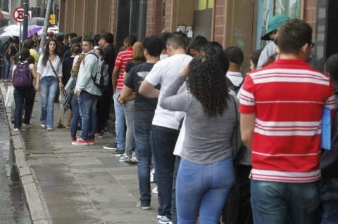 Indicador Antecedente de Emprego recua 1,3 ponto em outubro, aponta FGV