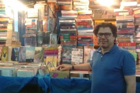 Vitor é livreiro e vice-presidente da Câmara Rio-Grandense do Livro