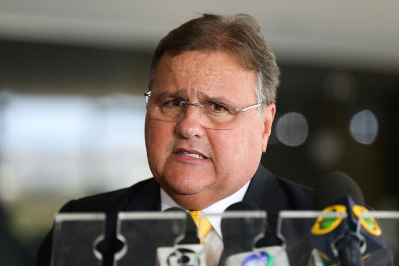 Solicitação foi feita após a PF considera que o ex-ministro estava interferindo nas investigações das operações Cui Bono e Sépsis