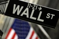 Bolsas de Nova Iorque fecham em queda de mais de 1%