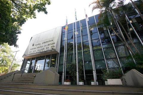 Tribunal de Justiça Militar, na avenida Praia de Belas, tem despesa de R$ 40 milhões ao ano