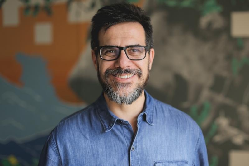 César Paz é o curador da série Economia Criativa, promovida pela uMov.me