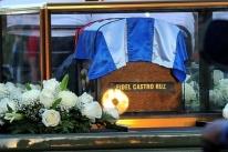 Fidel é enterrado em cidade berço da revolução