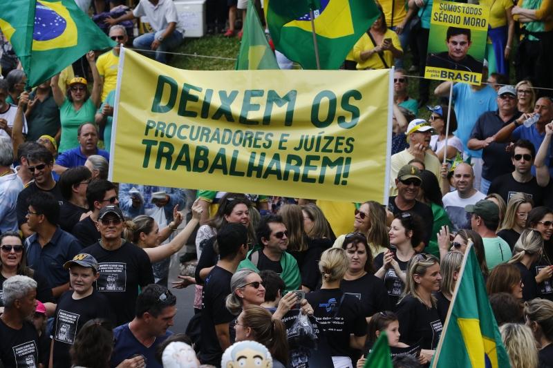No dia 4 de dezembro, em manifestação no Parcão, porto-alegrenses protestaram contra o projeto de lei
