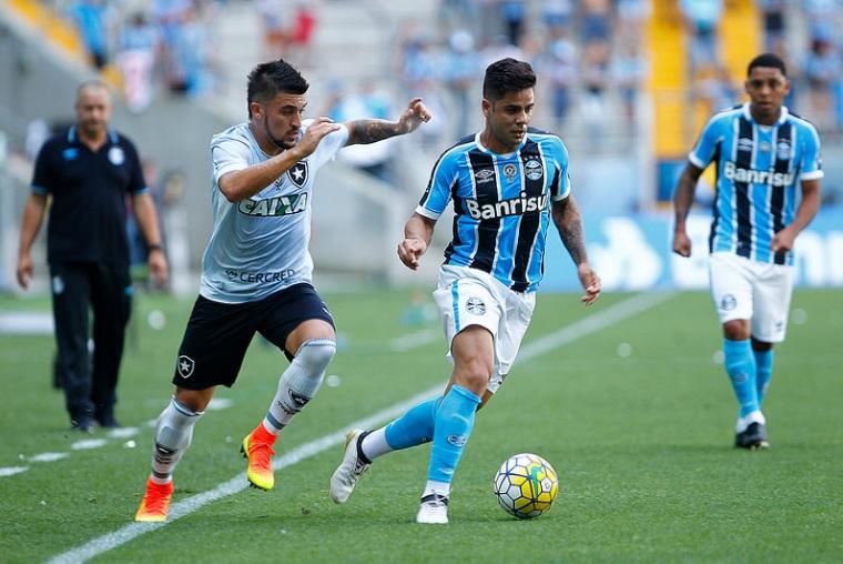 Apesar da derrota na última rodada para o Botafogo, 2016 termina positivo para os gremistas