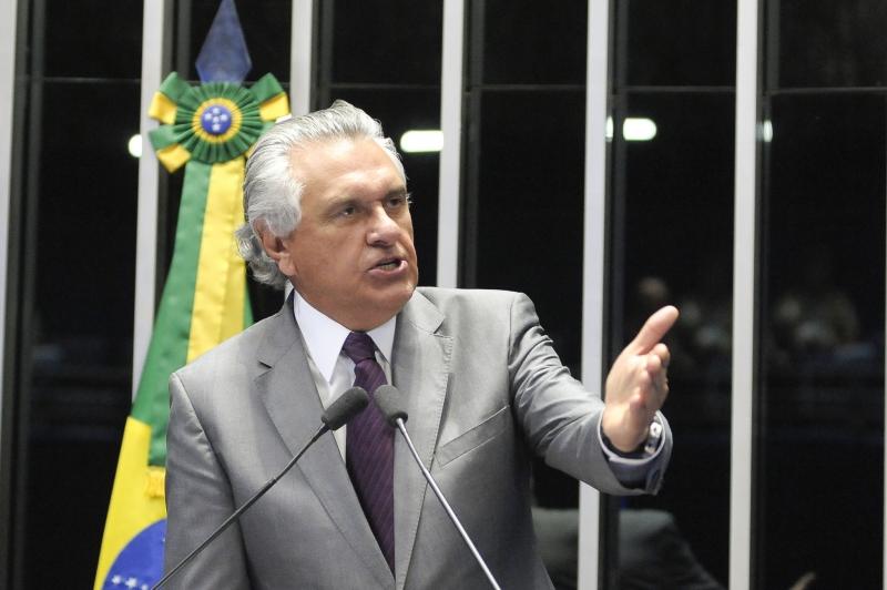 Na pauta a PEC 55/2016, que limita gastos públicos. Em discurso, senador Ronaldo Caiado (DEM-GO). Foto: Pedro França/Agência Senado