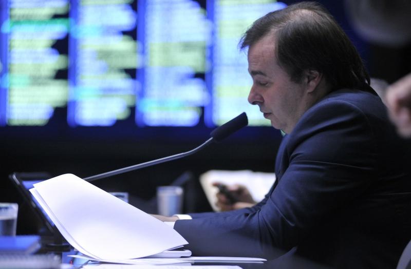 Maia criticou oposição e lembrou que crise pode atingir mais estados