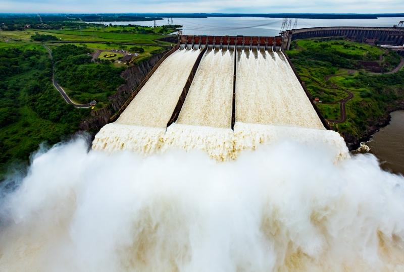 A partir de 2023, Itaipu poderá vender excedente no mercado livre