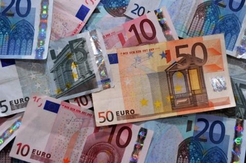 Bolsas da Europa fecham em alta, com comércio, balanços e coronavírus no radar