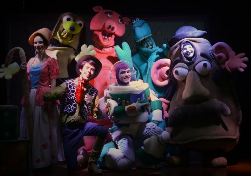 Toy Story se apresneta no Teatro Escola Zé Rodrigues aos domingos