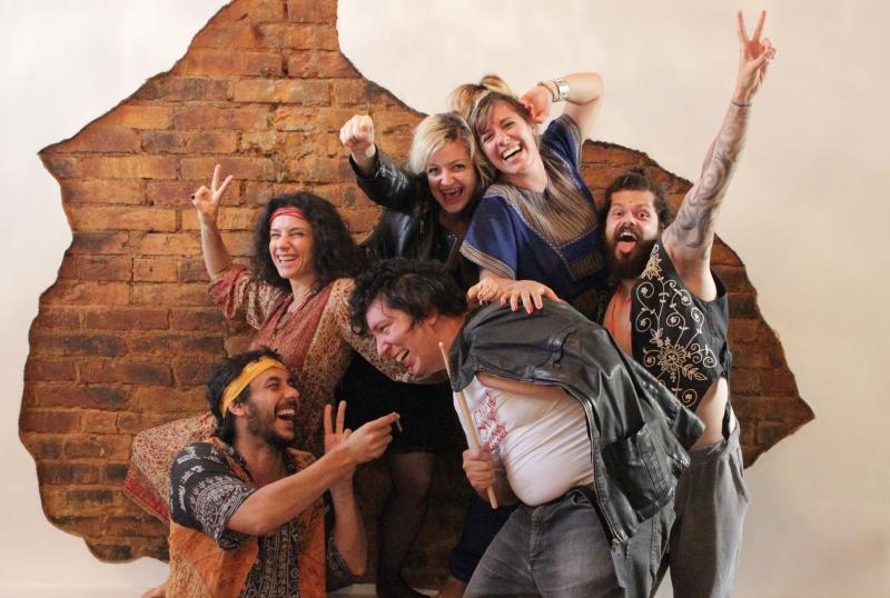 Um hippie, um punk e um rajneesh é uma das estreias do Festival