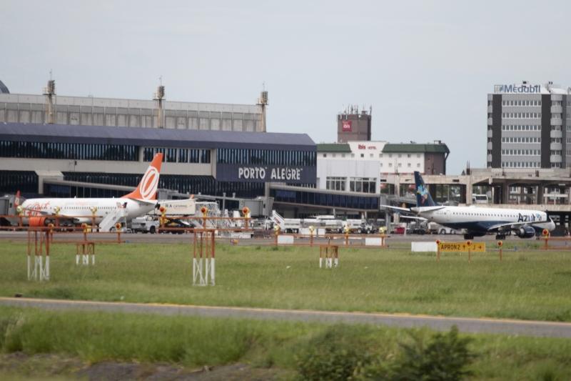 Aeroporto Internacional Salgado Filho, vista do lado oposto da Pista de pousos e decolagens