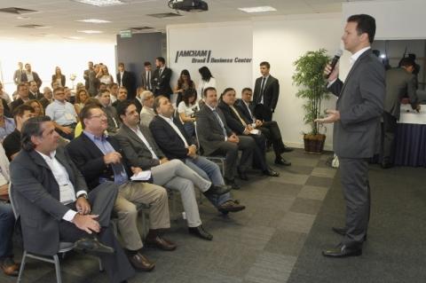 Marchezan pede apoio de empresários para governar
