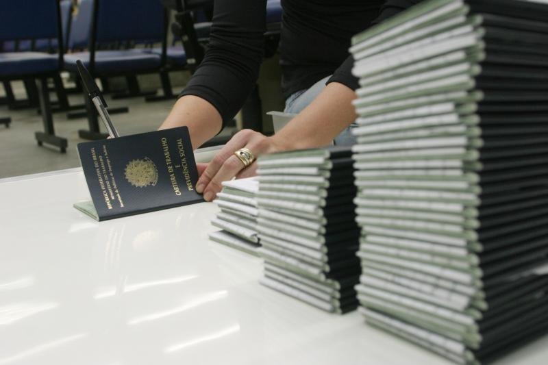 No ano passado, número de trabalhadores com carteira assinada atingiu 38,4 milhões em todo o País