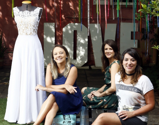 Janaína, Natália e Laís, amigas e sócias na startup O Amor é Simples