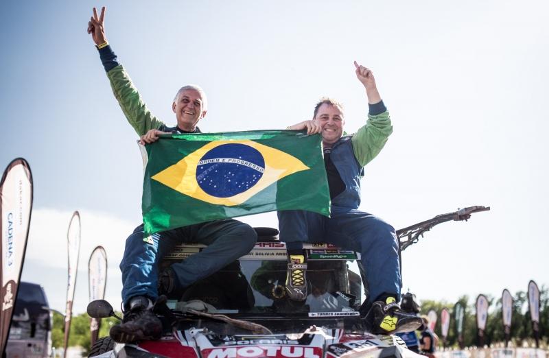 Lourival Roldan (e) e Leandro Torrres foram campeões na estreante categoria UVT