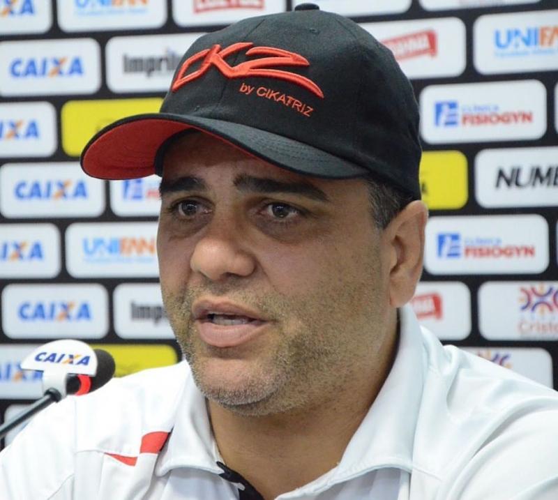 Marcelo Cabo, técnico do Atlético Goianiense, está desaparecido desde a madrugada de domingo