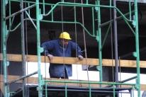 Indústria da construção opera com elevada ociosidade, revela CNI