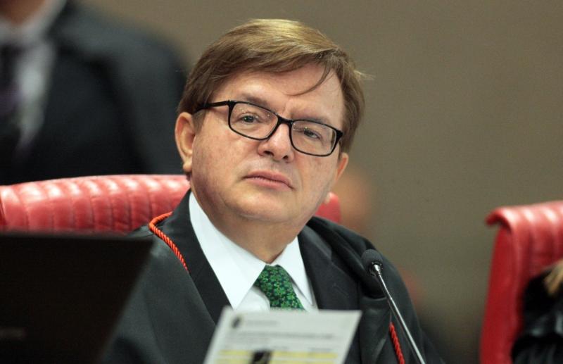 Ministro Herman Benjamin defendeu a indivisibilidade de chapas em prefeituras