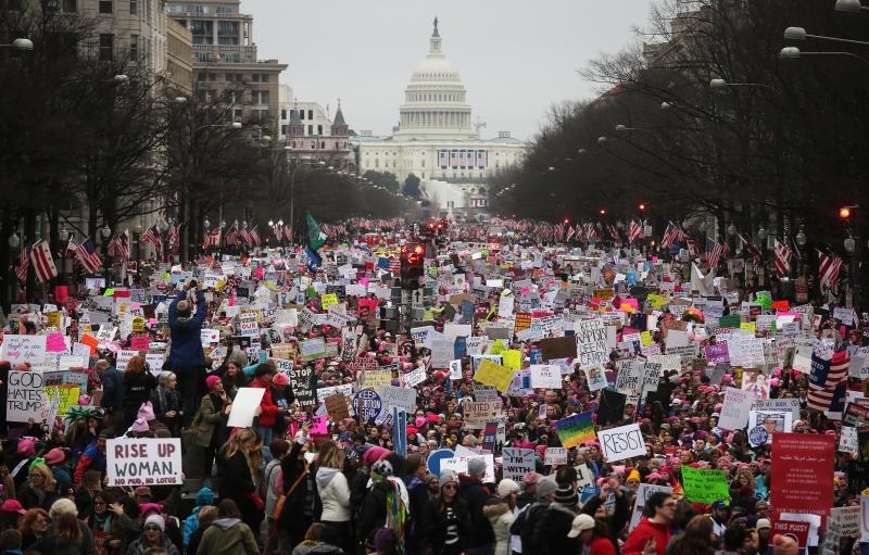 Resultado de imagem para Marcha das mulheres contra trump