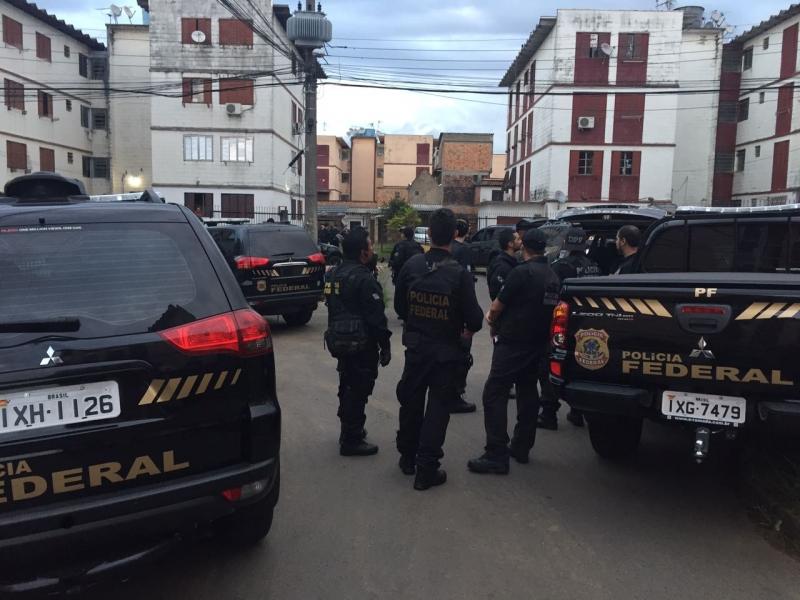 Operação cumpre mandados Porto Alegre, Viamão e Joinville