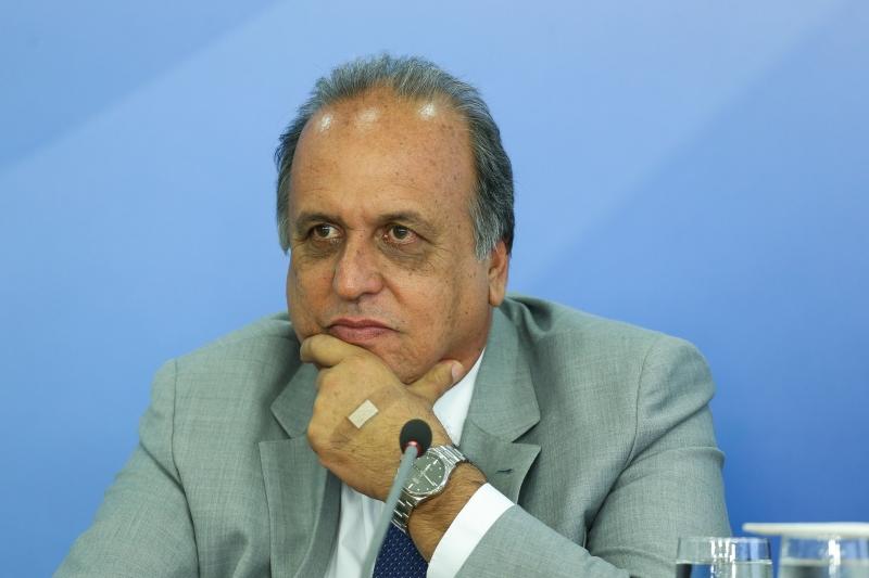 Luiz Fernando Pezão deve recorrer da decisão do Tribunal Regional Eleitoral do Rio de Janeiro (TRE-RJ)