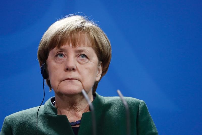 Para Angela Merkel, medida pode provocar 'perigosa espiral de escalada, que vai prejudicar a todos'