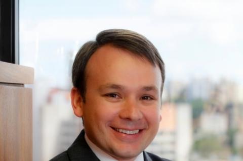 Jonathas Gabardo, sócio da PwC Brasil e especialista na área tributária - divulgação PwC Brasil