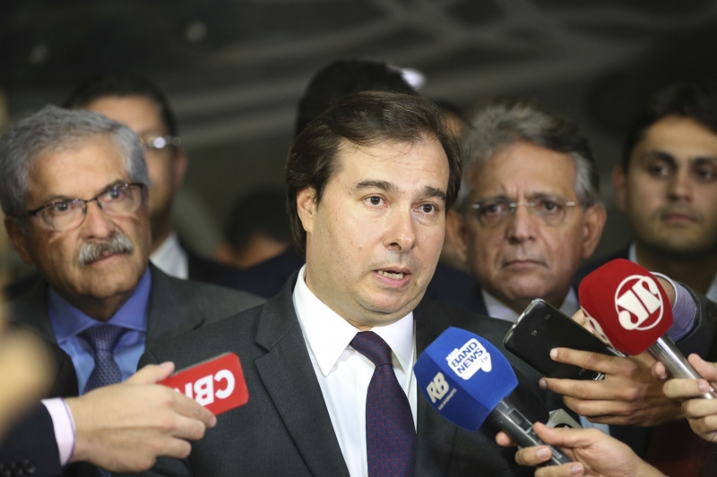 Peemedebista quer mostrar que o deputado Rodrigo Maia 'não pode tudo'