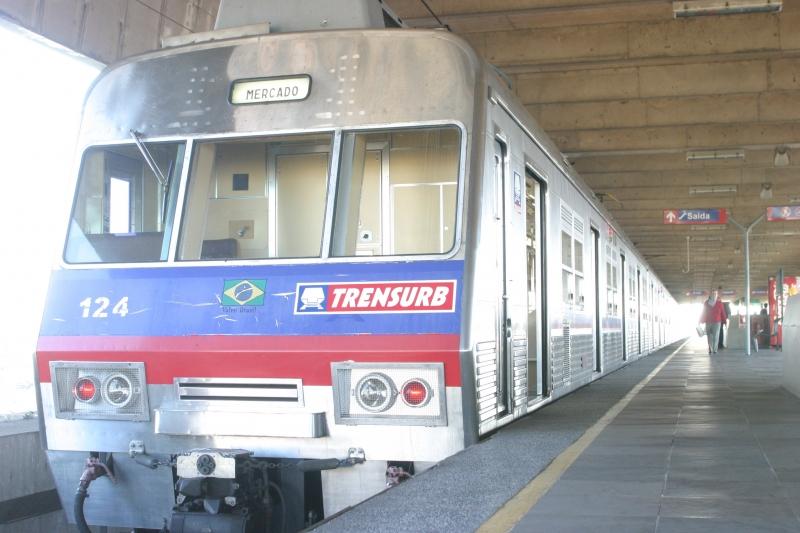 estudo para aumentar a velocidade do trensurb data 01/10/20004.foto mauro schaefer