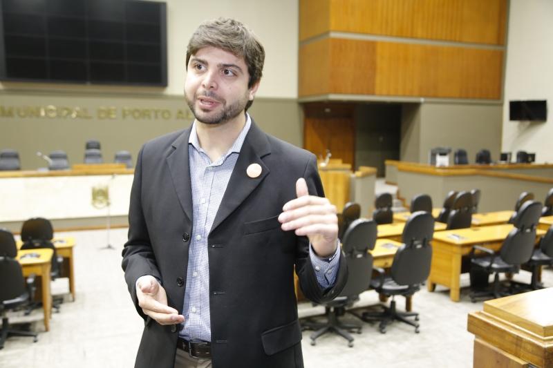 Entrevista com Felipe Camozzato (NOVO) que propôs criar frente empreendedorismo
