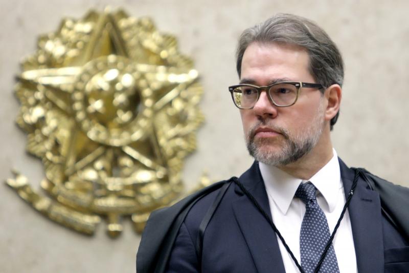 O ministro solicitou à PGR um parecer em função dos planos econômicos das décadas de 1980 e 1990