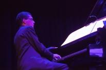 Casa da Música POA apresenta live com o pianista André Carrara