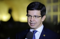 Senado decide votar PEC para adiar eleições municipais