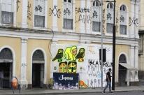 Mercado Público de Porto Alegre é alvo de pichadores