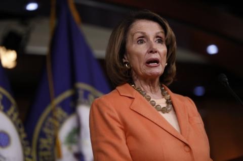 Pelosi quer aprovar na Câmara mais estímulos à economia dos EUA