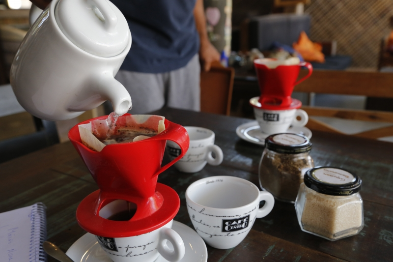 O Café do Mercado oferece cursos para quem quer aprender a preparar cafés