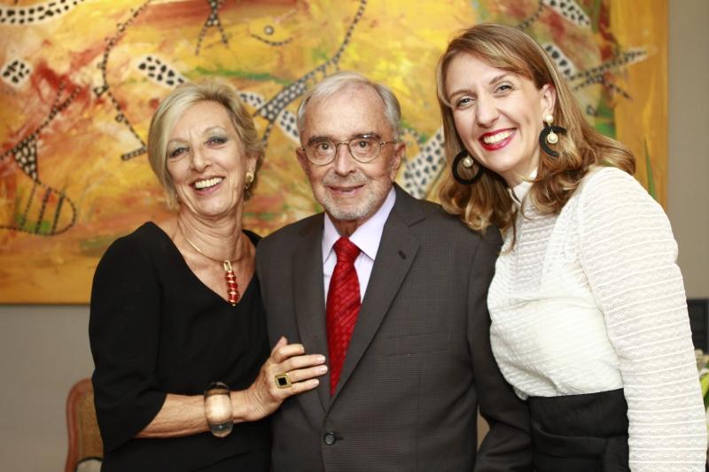 Doris e Rui Spohr com Renata Fratton no encontro de moda e gastronomia