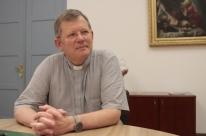 Arquidiocese devolve administração de abrigos