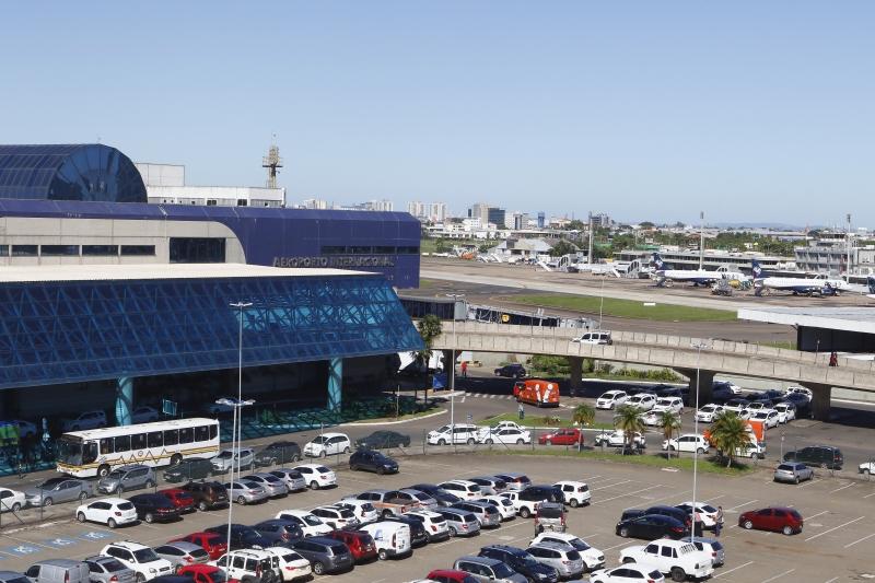 Dois grupos fizeram lances para arrematar o Aeroporto Salgado Filho no leilão na BM&FBovespa