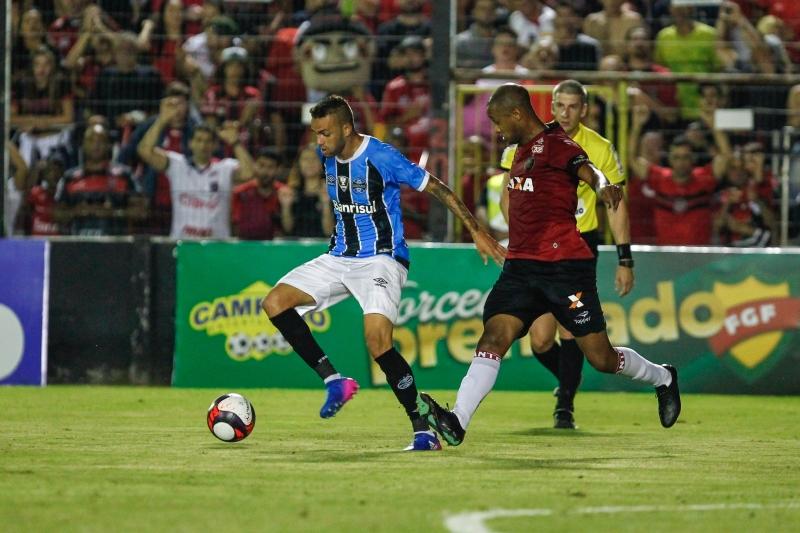 Mesmo com o empate, Tricolor assumiu a vice-liderança da competição