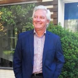Reinaldo Gabardo,  engenheiro e consultor de empresas